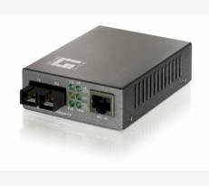LevelOne Media Converter, 1x 10/100Base-TX RJ45, 1x 100Base-FX SC Multi-Mode, 2km, can be PoE Powered
